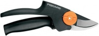 FISKARS Nožnice záhradné prevodové dvojčepeľové PowerGear™, stredné 111520